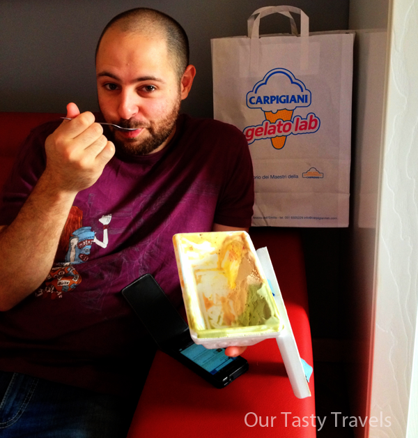 "BlogVille housemate Peter Parkorr devouring ""samples"" Carpigiani sent home with us"
