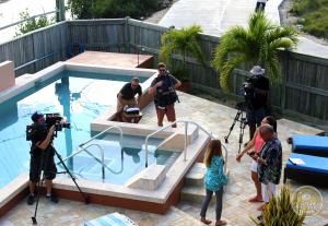 HGTV Beachfront Bargain Hunt Solitude Belize