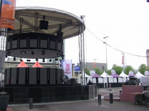 Stage set up in Stationsplein