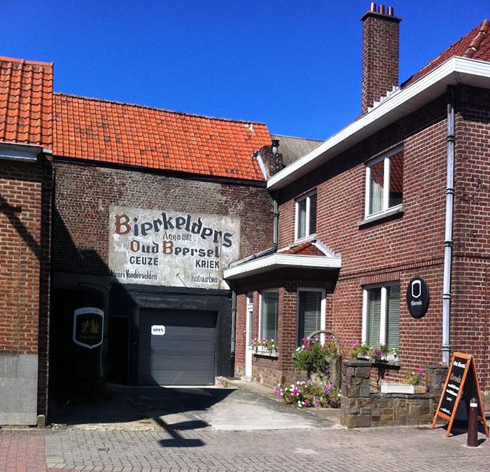Oud Beersel Brewery http://ourtastytravels.com/blog/oud-beersel-brewery-beersel-belgium/ #beer #travel #ourtastytravels