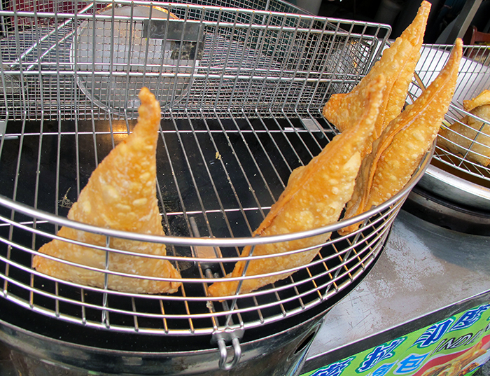 Indian Samosas Taiwan http://ourtastytravels.com/blog/obsession-asian-dumplings-favorite-picks/ #food #dumplings #ourtastytravels