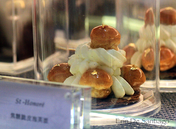 Full size St. Honore pastry at Sweet tea by Yannick Alleno http://ourtastytravels.com/blog/sweet-tea-yannick-alleno-taipei-101/ #ourtastytravels #taipei