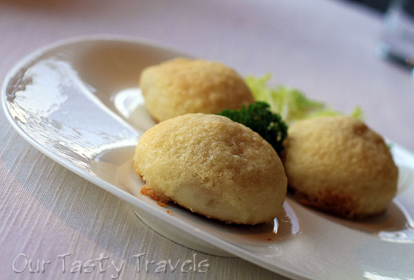 Crispy Pork Buns at Tin Lung Heen
