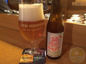 26-Aug-2015: 20+1 Years Bier Circus by Brouwerij Den Hopperd. Great first beer of #ebbc15. Great flavor. Nice bitterness. Lovely Tripel! #ottbeerdiary