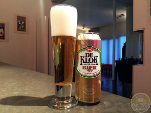 22-April-2015 : De Klok Bier by Koninklijke Grolsch. A clean Pilsner. Nothing special. Nothing fancy. Just Pilsner, as Pilsner should be. #ottbeerdiary