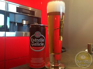 19-May-2015 : Estrella Galicia by Hijos de Rivera. Pretty basic lager, but not bad for a basic lager. #ottbeerdiary