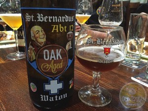 27-Aug-2015: Abt 12 Oak Aged by Brouwerij St. Bernardus. Now that's a tasty beer! Strong apple aroma from the Calvados barrels. With tasty, vanilla flavors underneath. The already delicious normal Abt 12 serves as the base. #ottbeerdiary